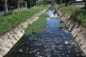 Drainage Channel1 300x200 Government allocates 1.500.000 USD to Díli Sanitation & Drainage Masterplan