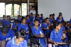 Estudantes Escola Técnica de Becora