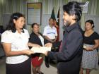 Formandos do curso de língua Portuguesa recebem certificados