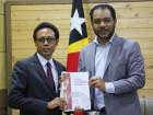Ministro da Presidência do Conselho de Ministros entrega formalmente pastas ministeriais, que ocupava interinamente, aos novos membros do Governo